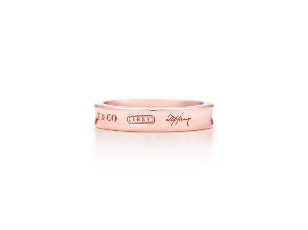 Tiffany 1837 Schmaler Ring aus RUBEDO-Metall, 345 Euro