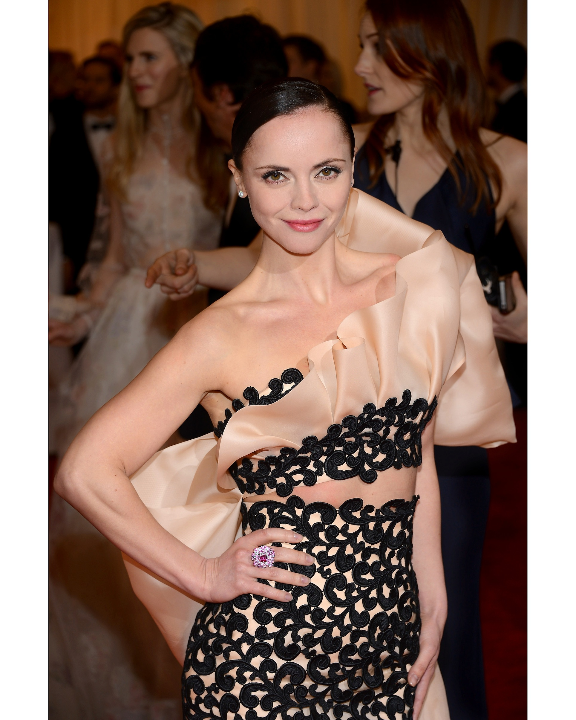 TIFFANY & CO. CHRISTINA RICCI AT THE METROPOLITAN MUSEUM OF ART¹S 2012 COSTUME INSTITUTE GALA